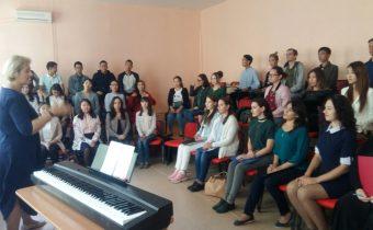 Приветствуем новый творческий коллектив, членов профсоюза — симфонический хор!